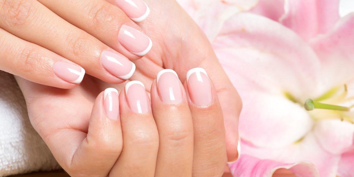 Trendy manicure wiosna lato 2020 1