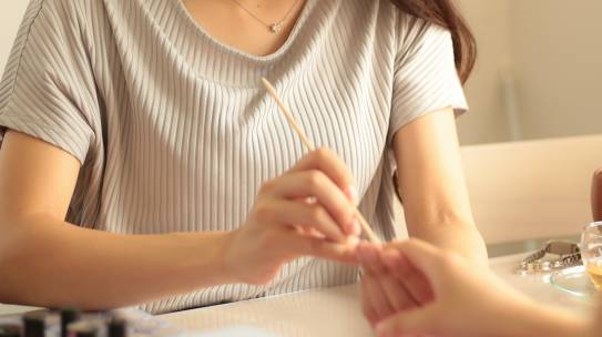 Manicure japoński – co to jest
