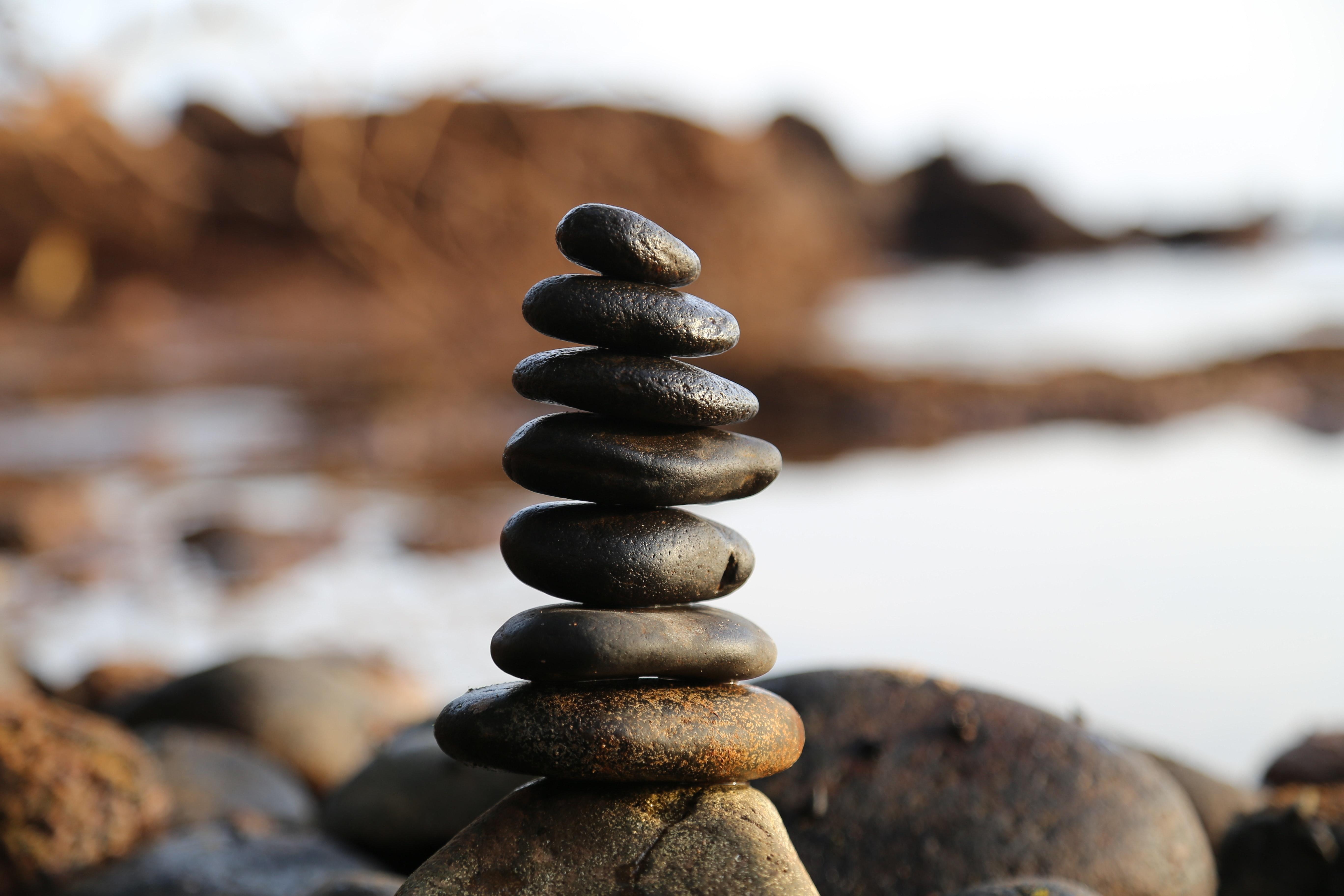 Jak wygląda masaż gorącymi kamieniami?